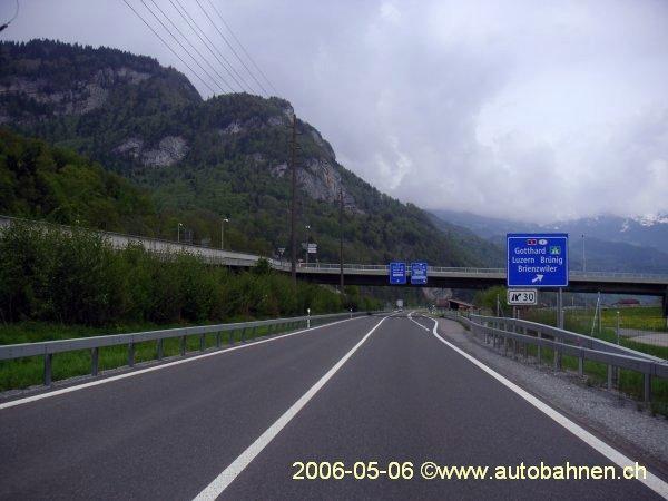 Garageneinfahrt asphalt  Autobahnen der Schweiz